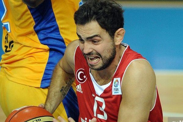 Αποσύρθηκε από την Εθνική Τουρκίας ο Αρσλάν