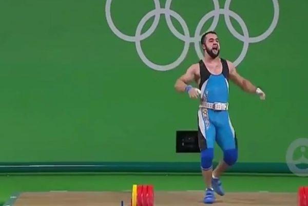 Ρίο 2016: Τρελός χορός «χρυσού» αρσιβαρίστα για παγκόσμιο ρεκόρ! (video)
