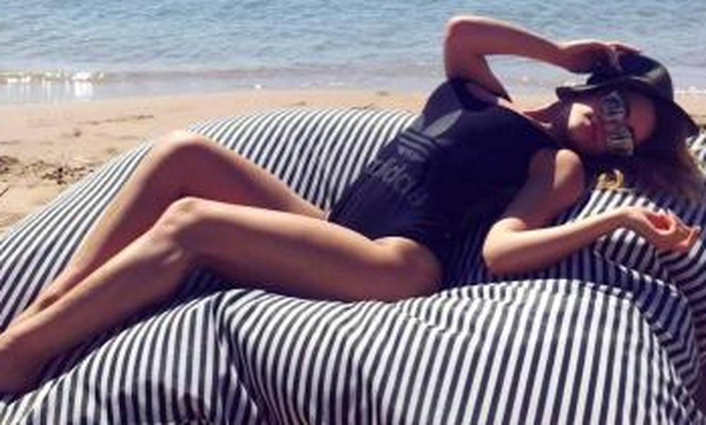 Η Ελληνίδα frontwoman έχει το πιο εκρηκτικό κορμί! (photos)