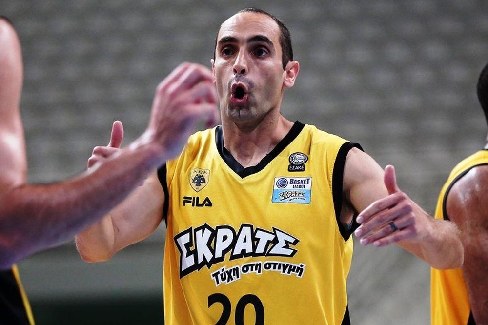 Αποχώρησε από την ενεργό δράση ο Καλαμπόκης