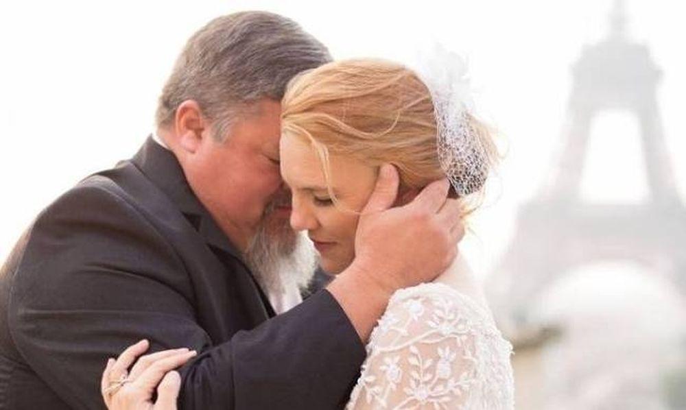 Συγκλονιστικό: Πέθανε λίγα λεπτά αφού χόρεψε με την κόρη του στο γάμο της!