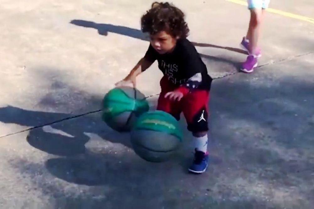 Αυτός είναι ο μικρότερος σταρ στο μπάσκετ! (video)