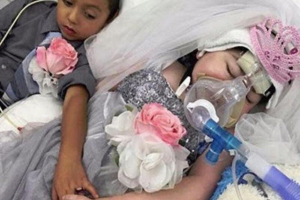 Συγκλονιστικές εικόνες: Πεντάχρονη «παντρεύτηκε» τον καλύτερο της φίλο λίγο πριν...σβήσει στην αγκαλιά της μητέρας της