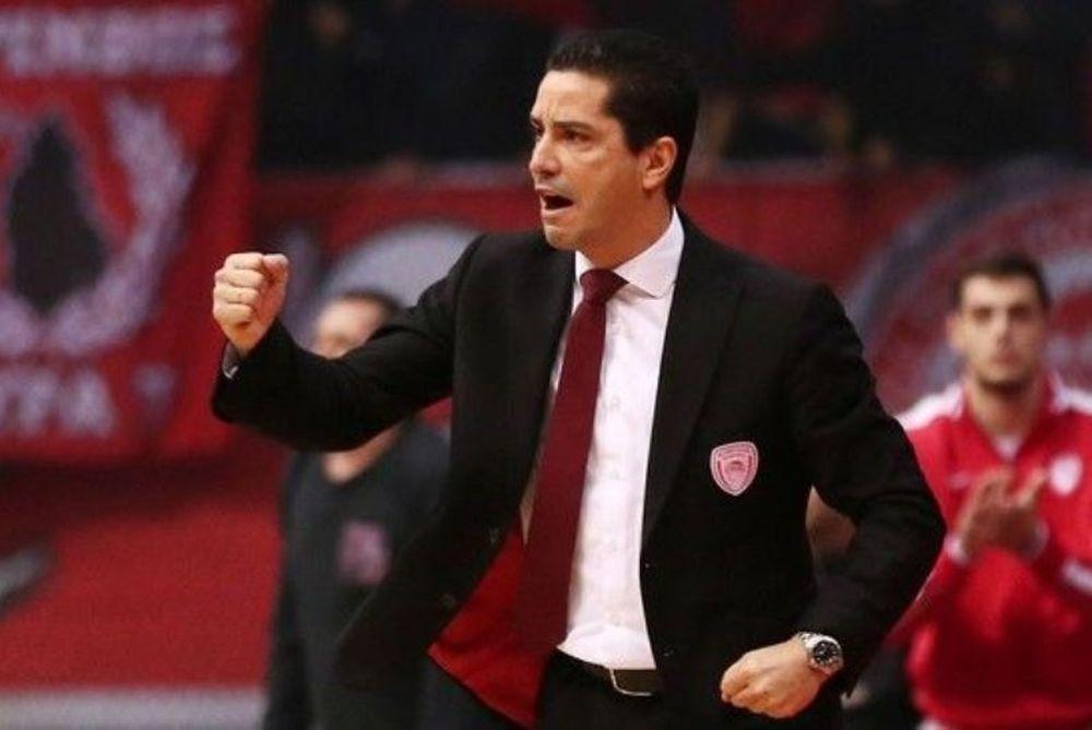 Σφαιρόπουλος: «Ο Ολυμπιακός μπορεί να κατακτήσει και τους τρεις τίτλους»