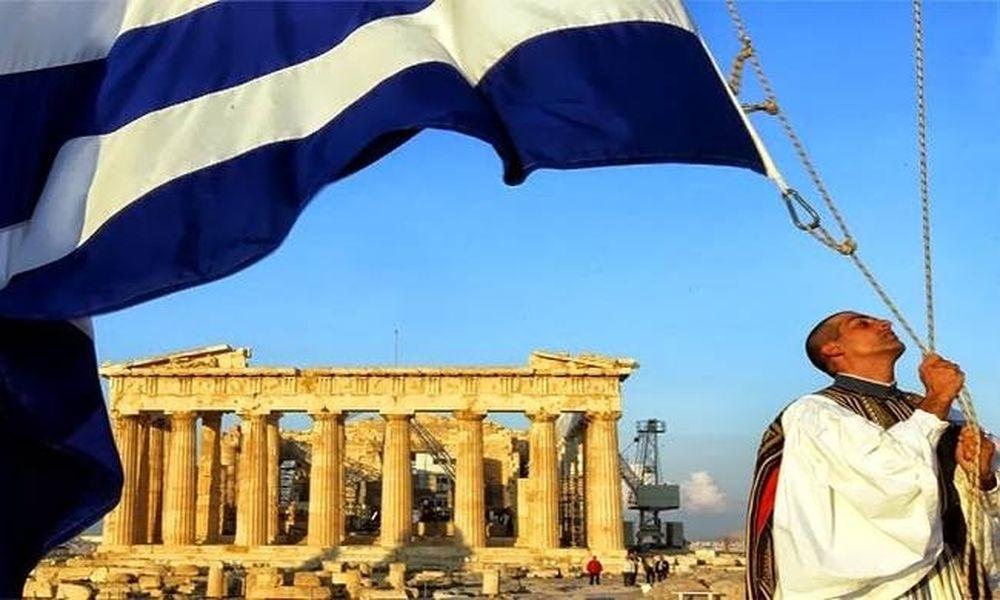 ΝΤΡΟΠΗ! Κουρέλι η ελληνική σημαία στην Ακρόπολη (vid)