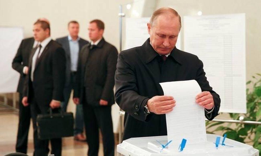 Ρωσία: Εκλογικός θρίαμβος για τον Βλαντίμιρ Πούτιν