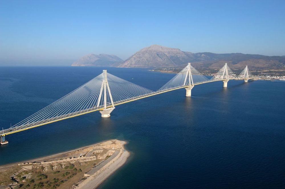 Έκλεισε η γέφυρα Ρίου – Αντιρρίου λόγω κακοκαιρίας