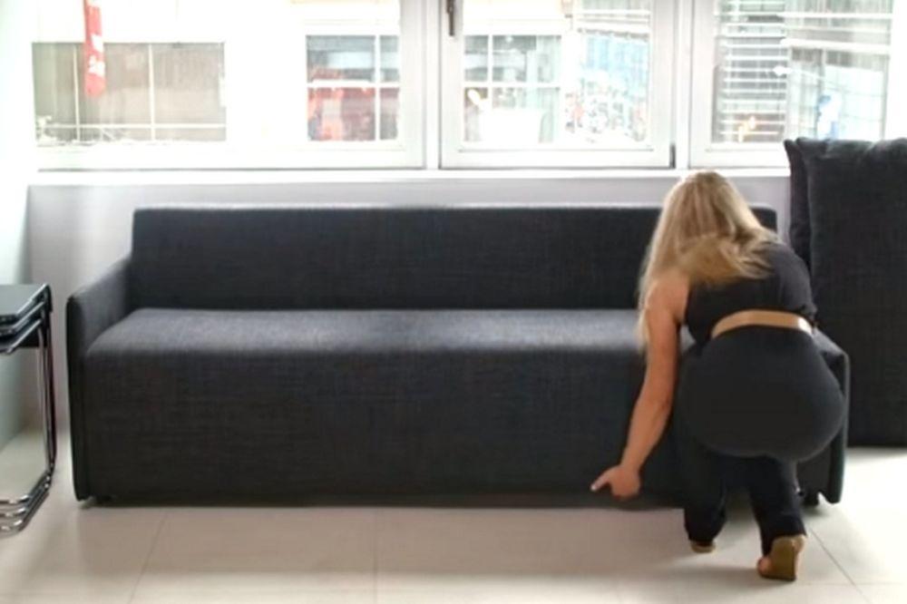 Ο καναπές που… τρελαίνει το ίντερνετ! Δείτε σε τι… μεταμορφώνεται! (videο)