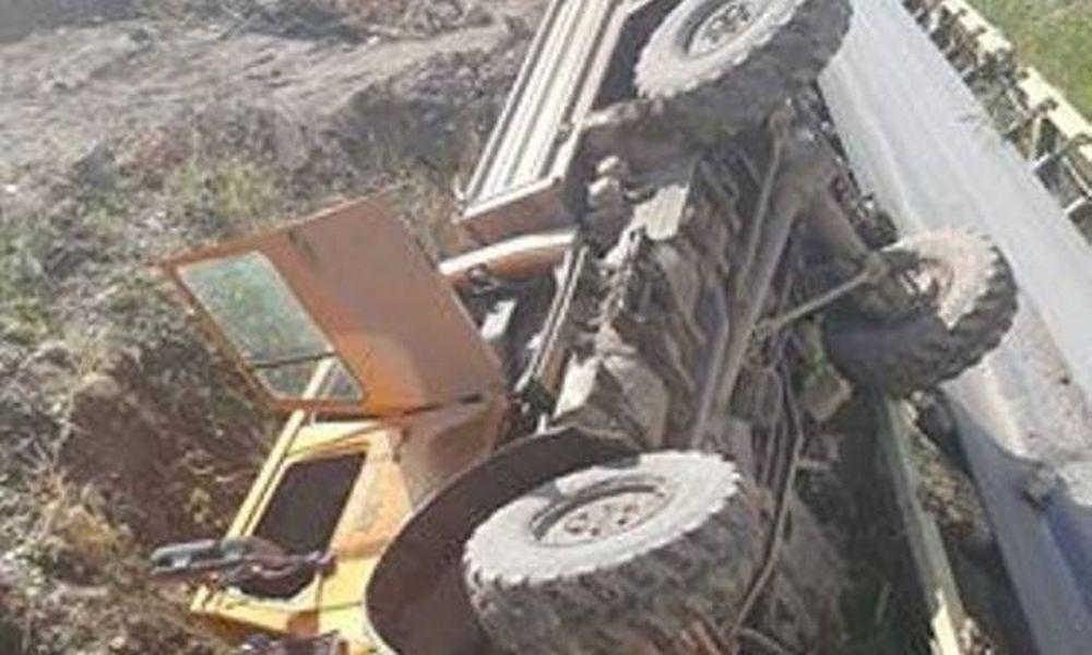 Παραλίγο τραγωδία στην Κοζάνη - Ανατροπή οχήματος της ΔΕΗ με πέντε τραυματίες (pics)