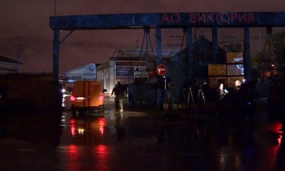 Μεγάλη φωτιά σε αποθήκη στη Μόσχα - Αγνοούνται επτά πυροσβέστες (pics+vid)