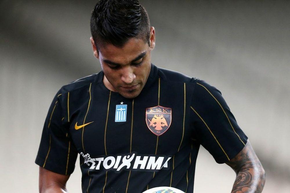 AEK: Πλήγμα με Βάργκας!