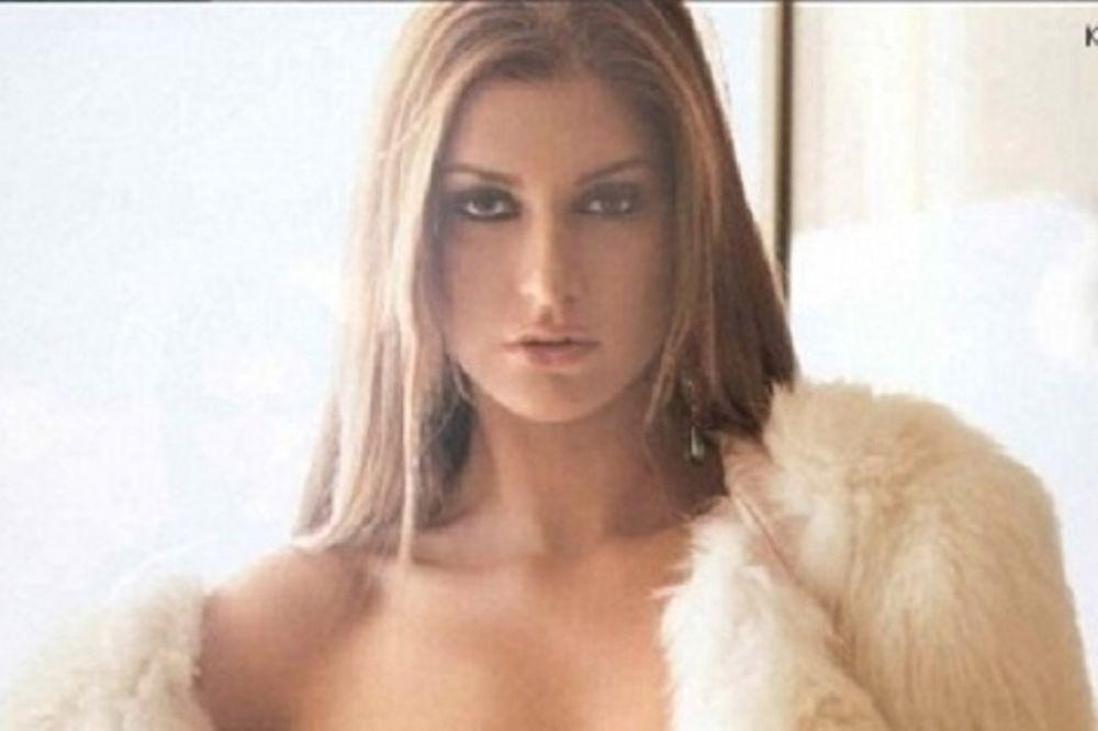 Η σέξι Κωνσταντίνα θα σε κάνει να τα δεις ΟΛΑ! (photos)