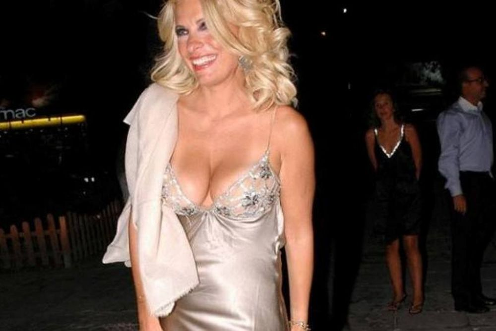 Poll- TO AΠΟΛΥΤΟ CRASH TEST: Ποια είναι η πιο σέξι Ελληνίδα παρουσιάστρια;
