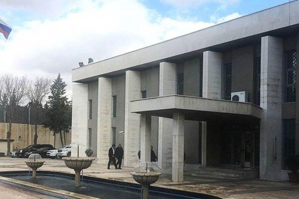 Βομβάρδισαν τη ρωσική πρεσβεία στη Δαμασκό