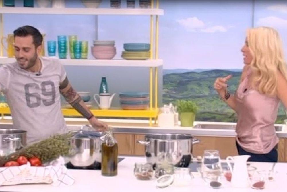 Μενεγάκη: Δε θα πιστεύετε πως την αποκάλεσε on air o μάγειρας – Η αντίδραση και η μπηχτή της