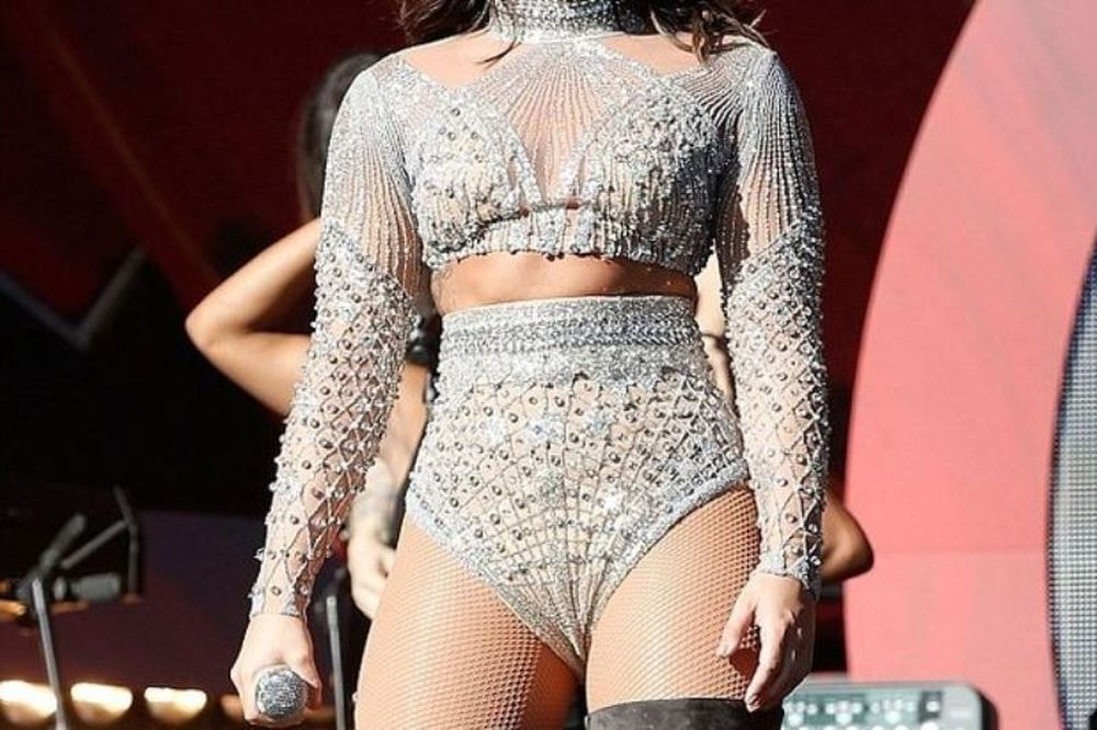 Διάσημη τραγουδίστρια ανακοίνωσε πως σταματάει την καριέρα της
