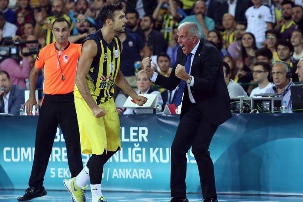 Υπό το βλέμμα του Ερντογάν ο Σλούκας πήρε τον πρώτο τίτλο της χρονιάς στην Τουρκία