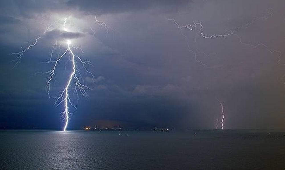 Ραγδαία επιδείνωση του καιρού – Βροχές, καταιγίδες και χαλάζι