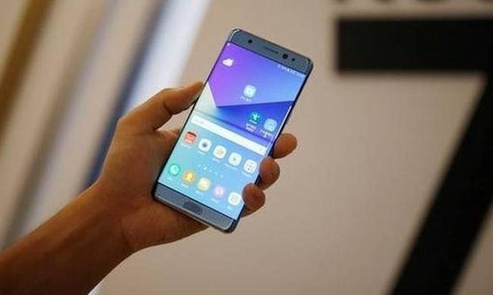 ΜΕΓΑΛΗ ΠΡΟΣΟΧΗ: Απέσυραν δημοφιλές smartphone – Απενεργοποιήστε το αμέσως!