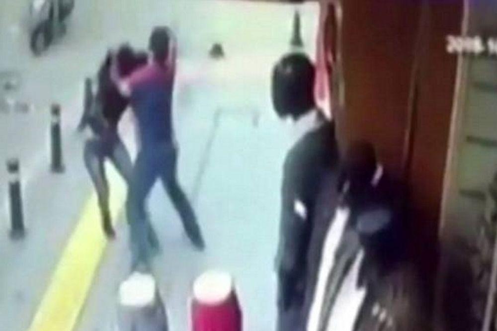 Bίντεο σοκ: Την σκότωσε με 25 μαχαιριές γιατί τον χώρισε πριν από... 10 χρόνια!