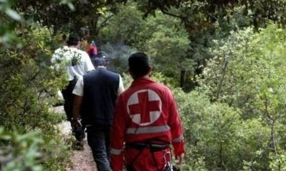 Ζήτησε βοήθεια λέγοντας ότι είχε σπασμένα πόδια και μόλις είδε τους διασώστες…περπάτησε!