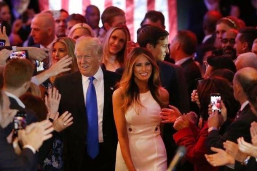 Νέος πρόεδρος ΗΠΑ LIVE: Στον Λευκό Οίκο ο Ντόναλντ Τραμπ - Θα συναντήσει τον Ομπάμα