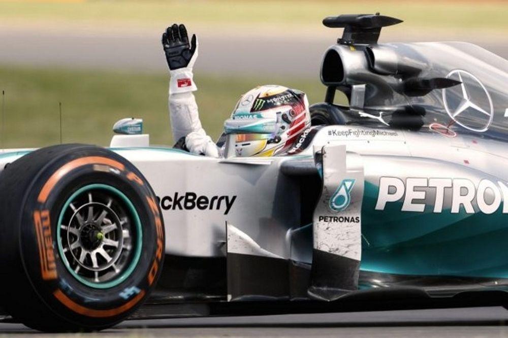 Ο Χάμιλτον πήρε το GP της Βραζιλίας, αλλά ο τίτλος κρίνεται στο Άμπου Ντάμπι!