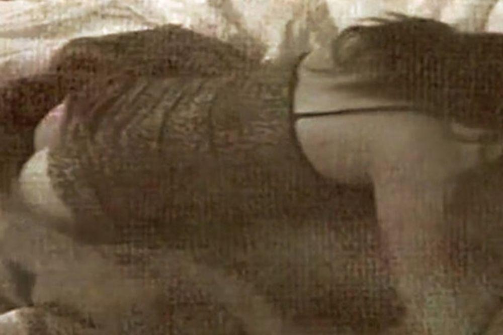 Φόρα-παρτίδα αδιανόητα όργια καυτής τηλεπερσόνας! (videos)