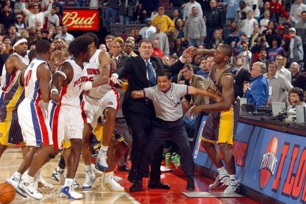 Όταν το NBA έγινε... ροντέο (video)