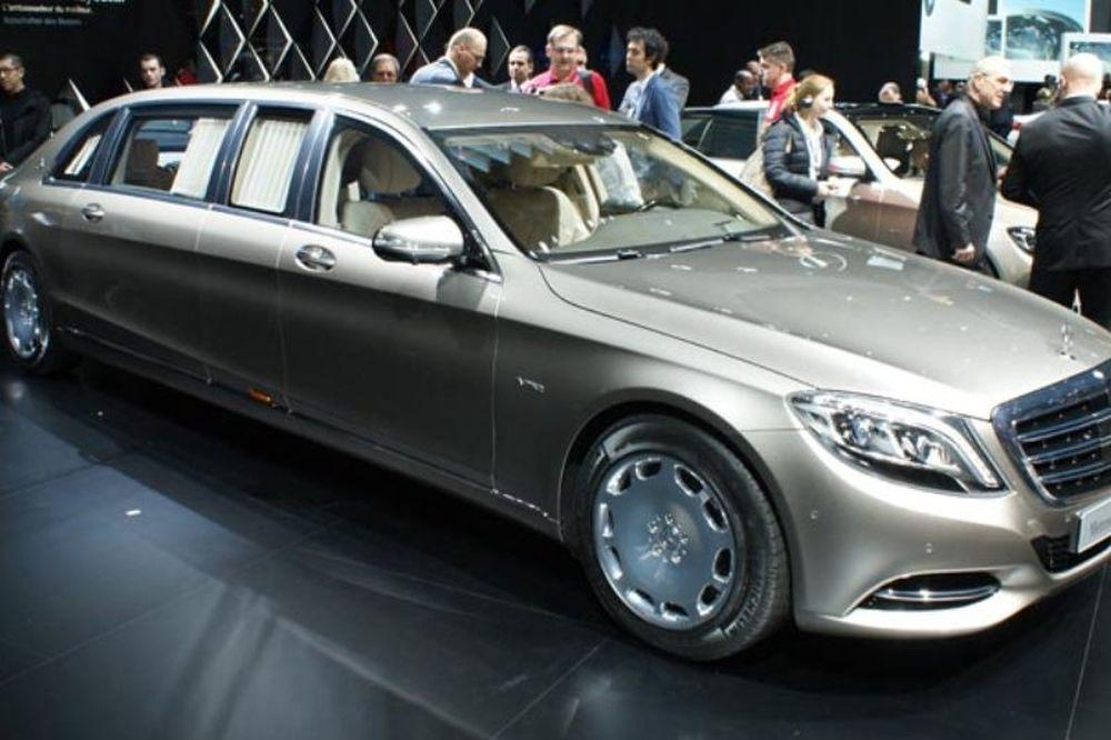 Το νέο υπερπολυτελές cabrio Mercedes- Maybach S650