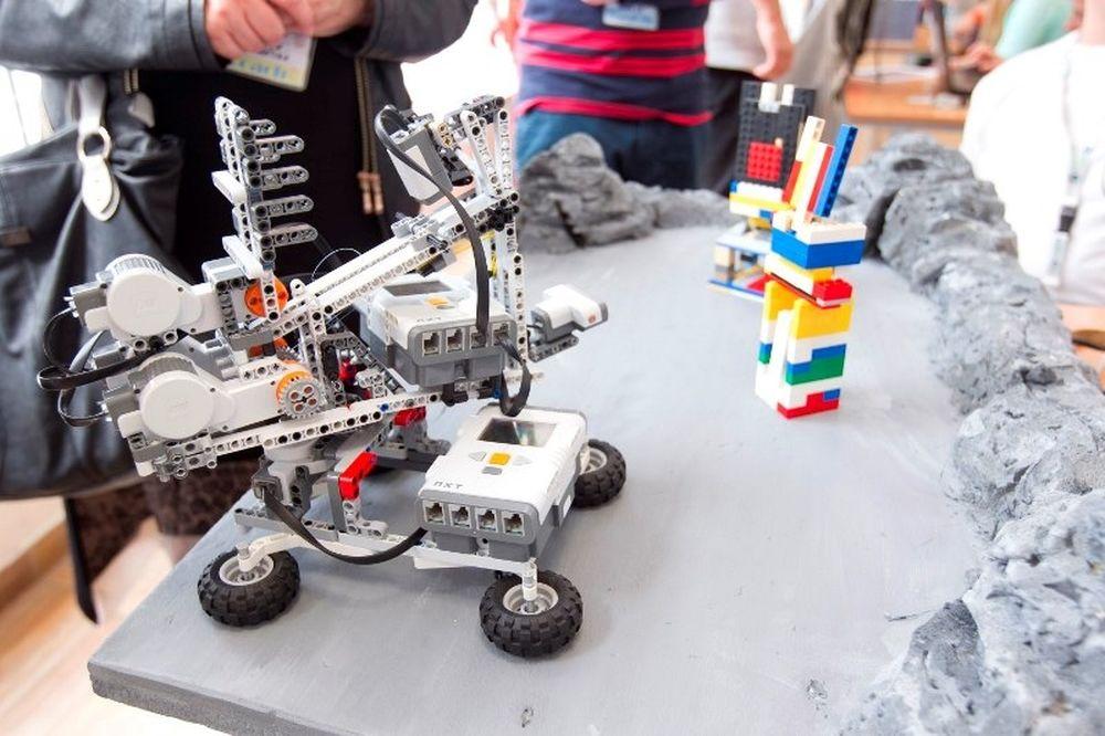 COSMOTE και WRO Hellas: Ψηφιακό το μέλλον των παιδιών με την εκπαιδευτική ρομποτική