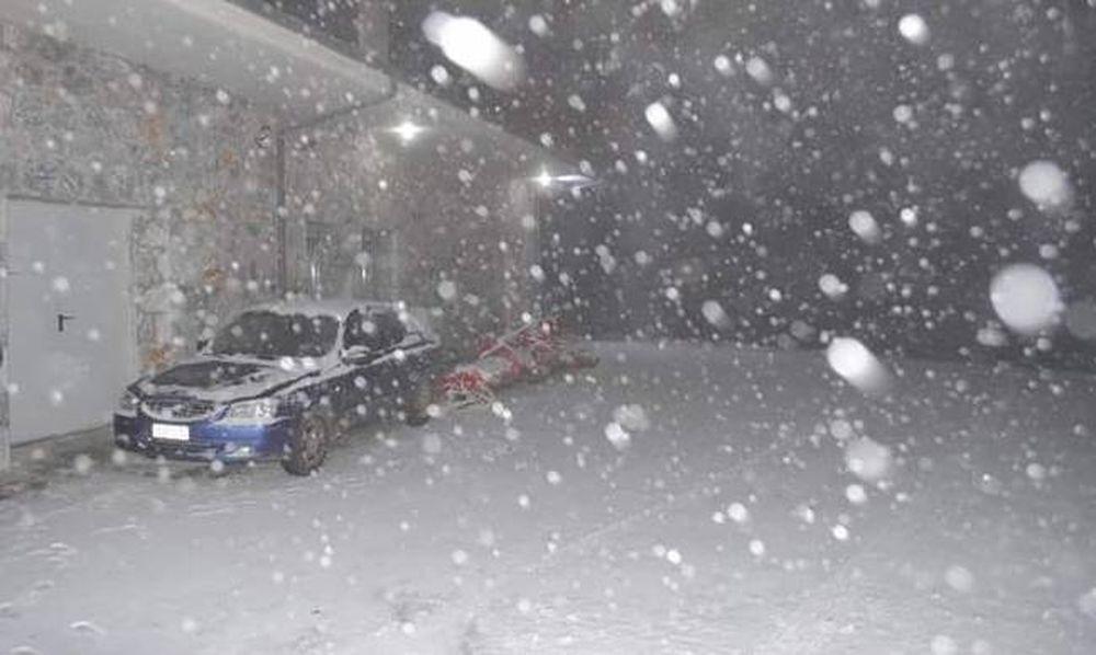 Κακοκαιρία: Χειμωνιάτικο σκηνικό στις περισσότερες περιοχές της Ελλάδας
