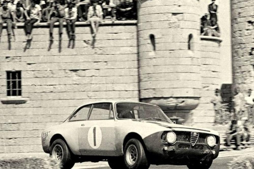 Aναβίωσης των αγώνων της πόλης της Ρόδου στο Ελληνικό Μουσείο Αυτοκινήτου