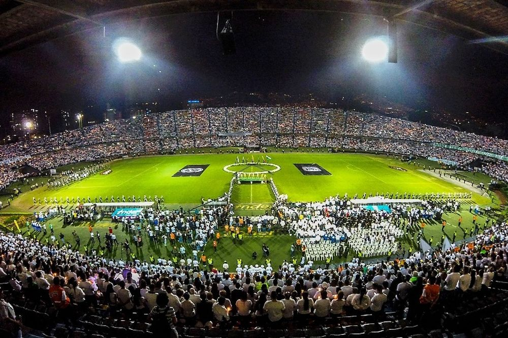 Forza Chape βροντοφώναξαν οι οπαδοί της Σαπεκοένσε και της Νασιονάλ! (video)