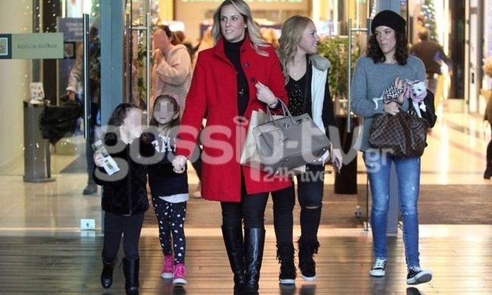 Έλενα Ασημακοπούλου: Χριστουγεννιάτικα ψώνια με την κόρη της