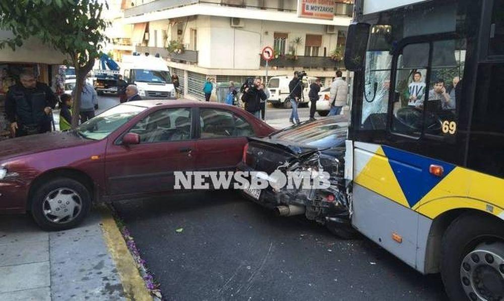 Καραμπόλα στον Πειραιά - Συγκλονίζουν οι μαρτυρίες: «Έφυγε ακυβέρνητο λεωφορείο – Πήρε έναν άνθρωπο»