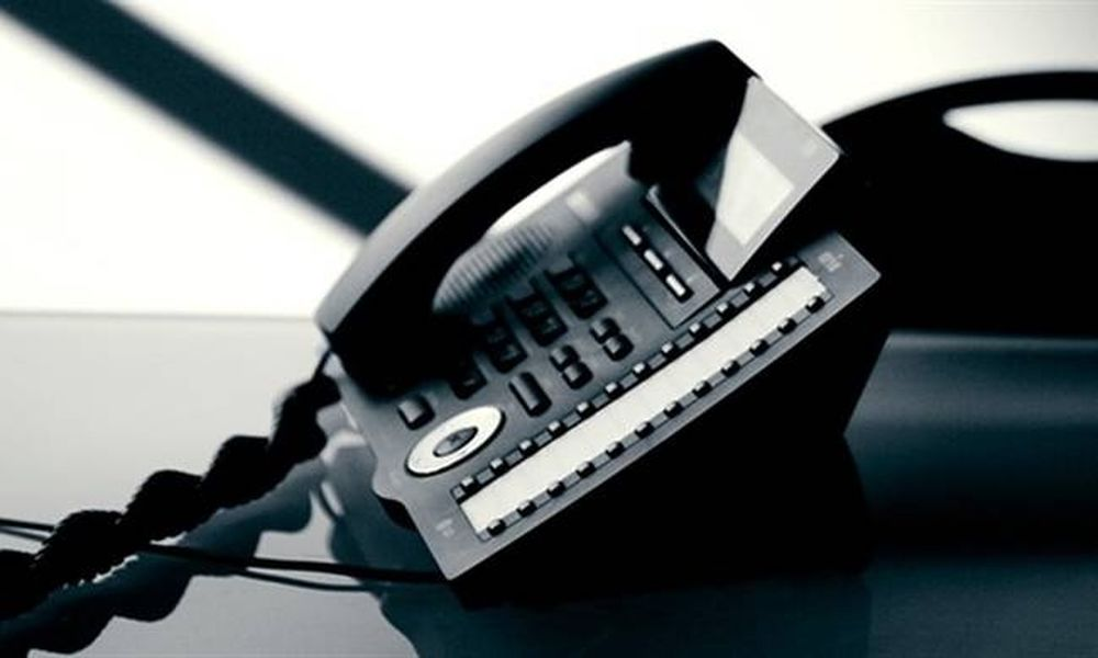 Από 1η Ιανουαρίου το «χαράτσι» σε σταθερή τηλεφωνία και ίντερνετ - Πόσο θα μας κοστίσει