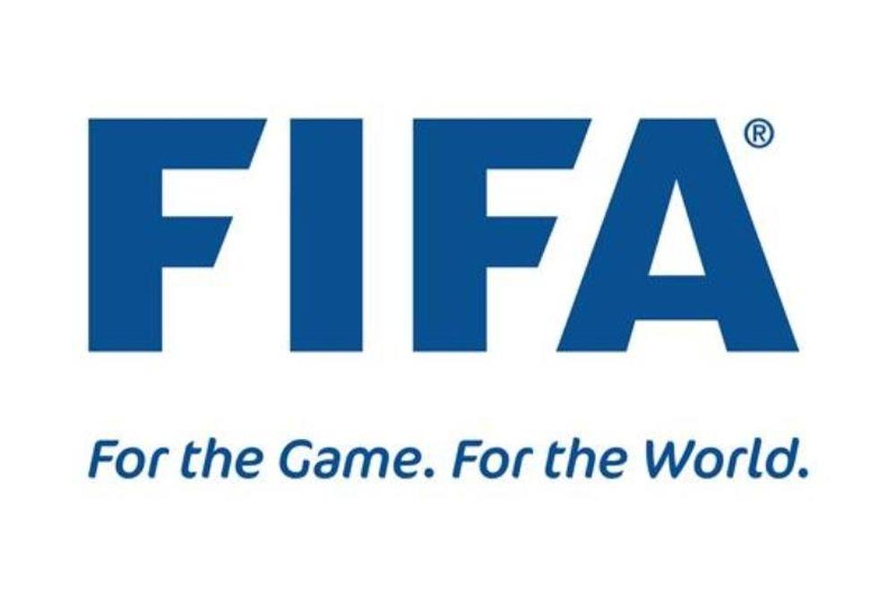 «Το Σύνταγμα στη μέγγενη του ποδοσφαιρικού μνημονίου»