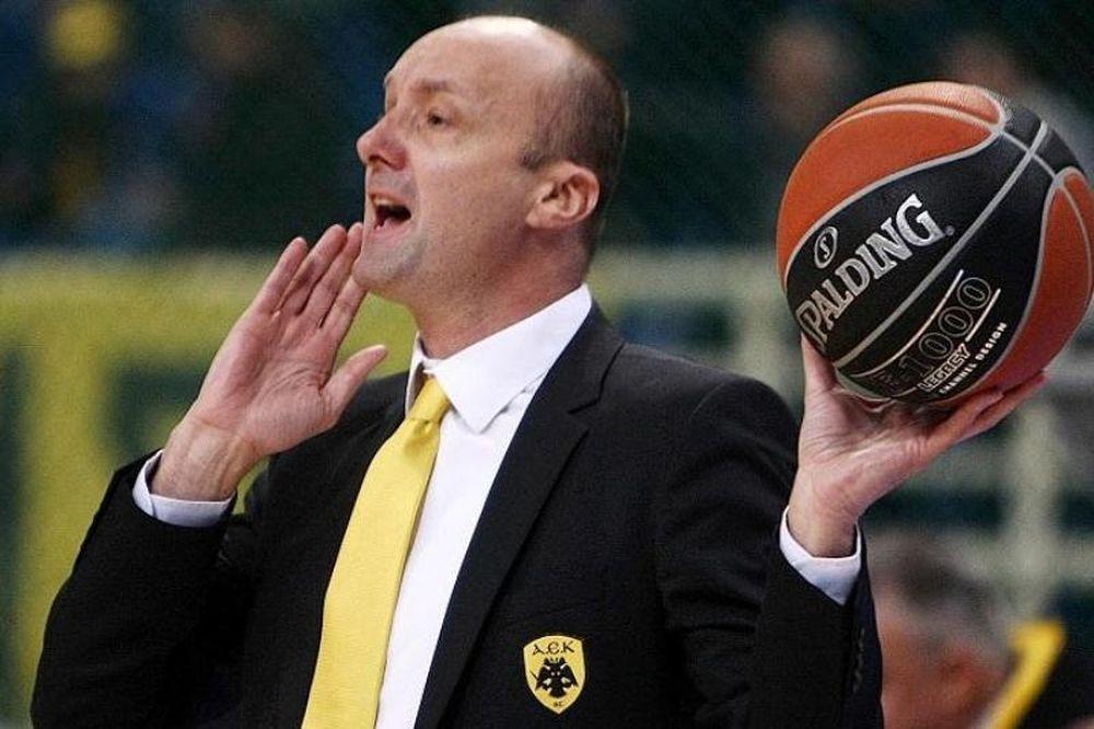 Ζντοβτς: «Είμαστε το φαβορί και πρέπει να κερδίσουμε»