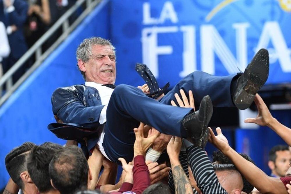 IFFHS: Προπονητής της χρονιάς ο Σάντος