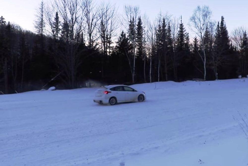 Κακοκαιρία: Έτσι πρέπει να φρενάρετε στο χιόνι (video)