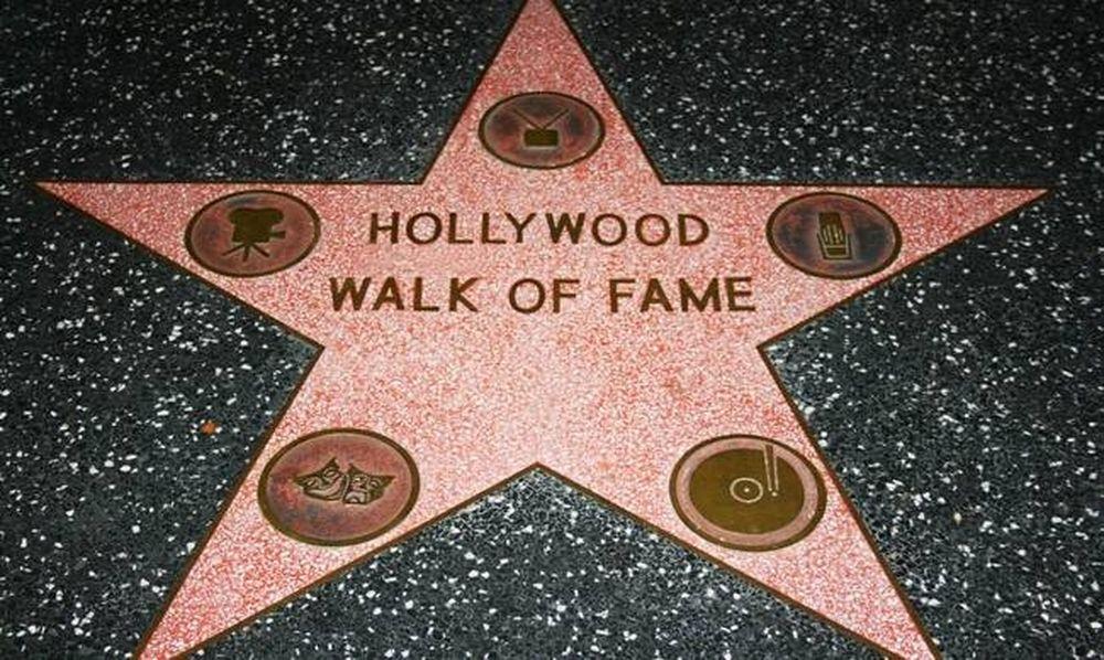 Χόλιγουντ: Η Λεωφόρος της Δόξας έχει πλέον 2.596 αστέρια. Ποιος διάσημος απέκτησε το τελευταίο;