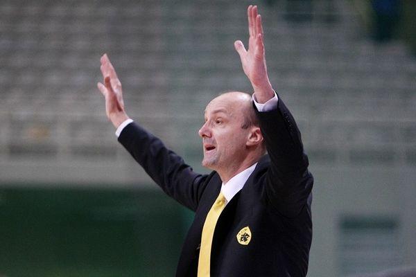 Ζντοβτς: «Είμαστε το φαβορί»