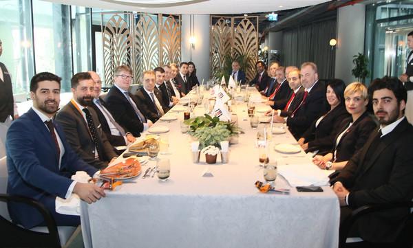 Μπεσίκτας - Ολυμπιακός: Γεύμα των Τούρκων στους «ερυθρόλευκους»