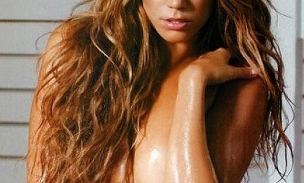 Η Ελληνίδα τραγουδίστρια θα σε κάνει να ξεχάσεις τη φωνή της