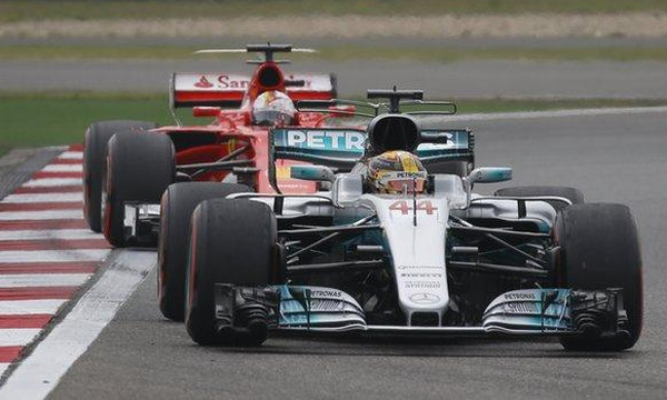 Formula 1: Pole position ο Χάμιλτον