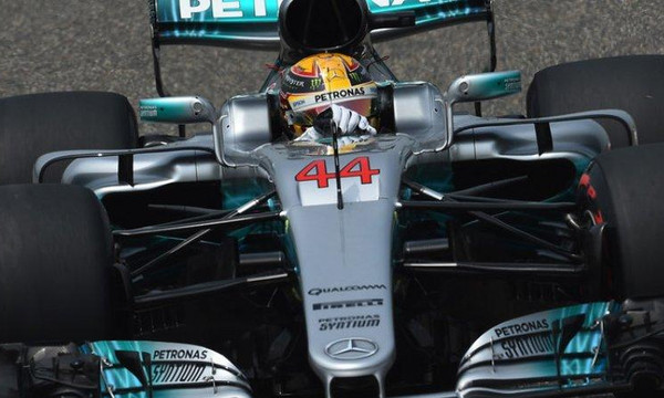 F1: Νικητής στην Κίνα ο Χάμιλτον