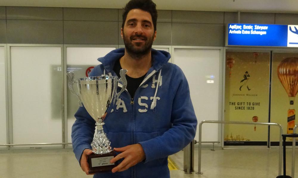 Έγραψε ιστορία ο Γκιώνης - Ο μοναδικός Ευρωπαίος αμυντικός που κατέκτησε World Tour