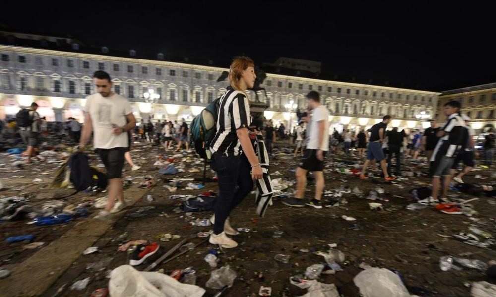 Champions League: Τρόμος στο Τορίνο! Εκατοντάδες τραυματίες κατά τη διάρκεια του τελικού!