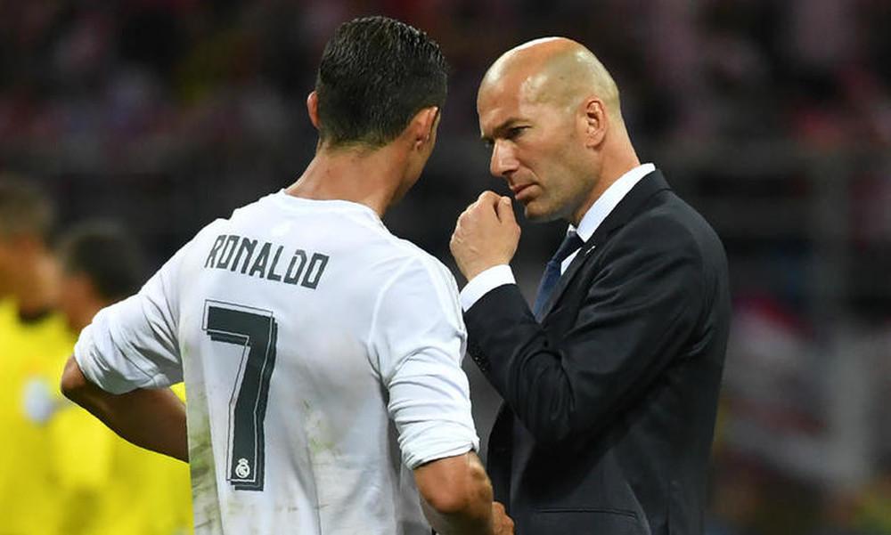 Ο Ζιντάν ζήτησε από τον Ρονάλντο να μείνει στην Ρεάλ Μαδρίτης